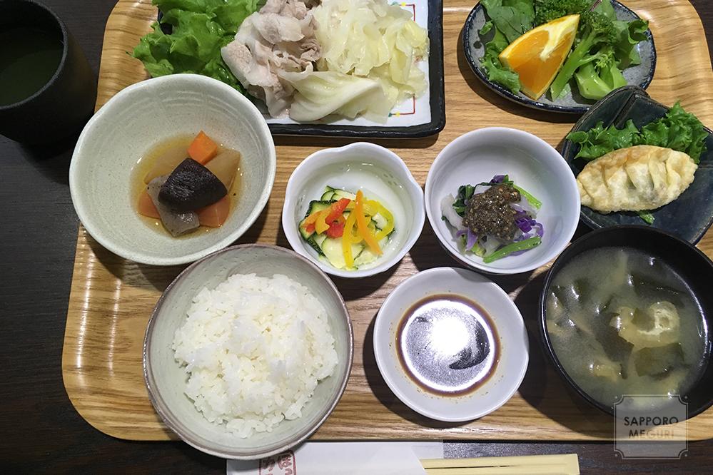 旭川 東光 ランチ 家庭料理 ほっとカフェ